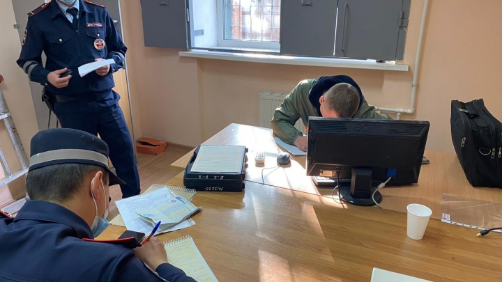 Лихача, который сбил пешехода на Первомайской и протаранил маршрутку, арестовали (но ненадолго)
