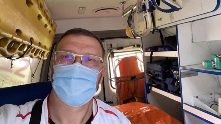 Вице-спикера Заксобрания Челябинской области госпитализировали с поражением 25% лёгких