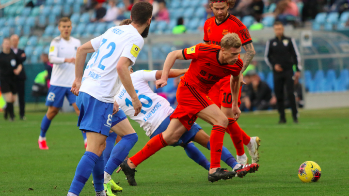 Футболисты «Урала» вчистую проиграли главному аутсайдеру чемпионата