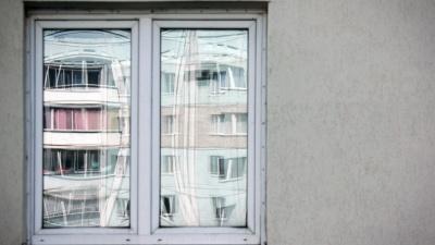 Челябинцы пожаловались на компанию по ремонту окон, которая «разводит» пенсионеров на десятки тысяч