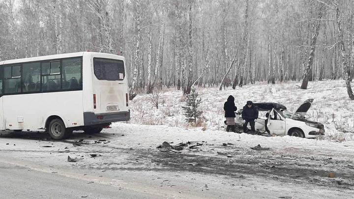Скончался виновник ДТП с маршруткой, в котором на трассе под Челябинском погибли две девушки