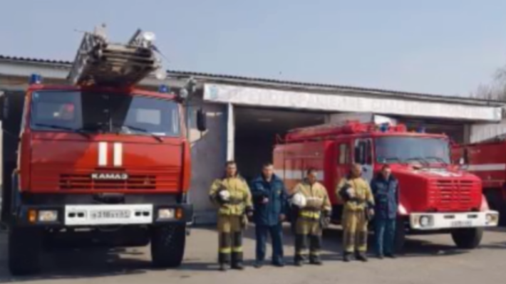 В Ростове в честь погибшего в пожаре спасателя МЧС включили сирену