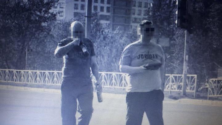 В Екатеринбурге возбудили уголовное дело против одного из нападавших на смотрительницу камеры
