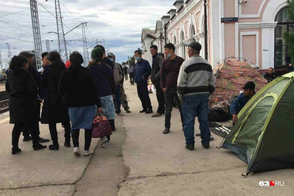 Иностранцам помогут вернуться на родину