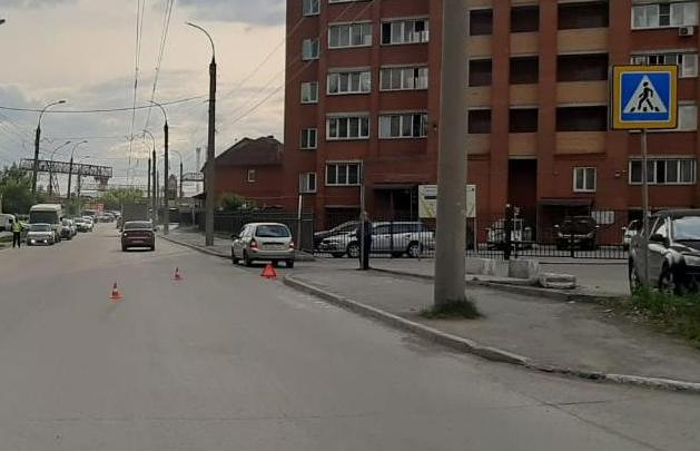 В Кировском районе Новосибирска водитель «Лады» сбил 13-летнего мальчика. Ребенка увезли в больницу