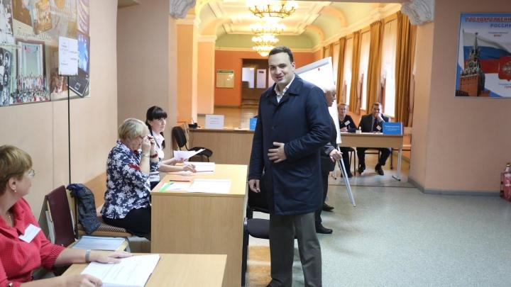 В Екатеринбурге не стали госпитализировать депутата Госдумы с коронавирусом
