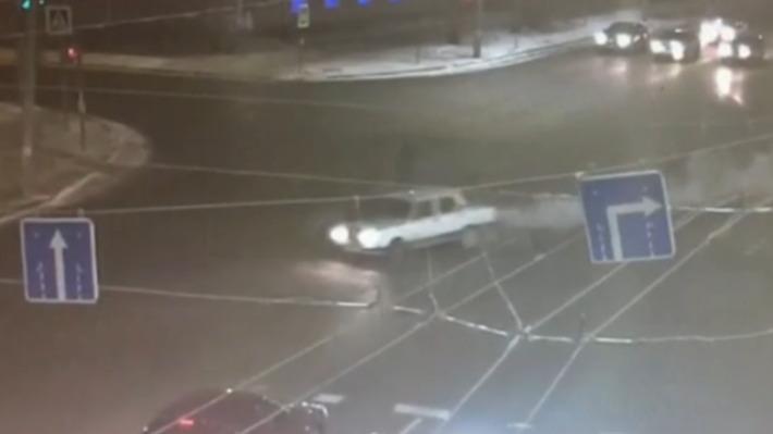 Полиция выложила видео смертельного наезда «семерки» на омича