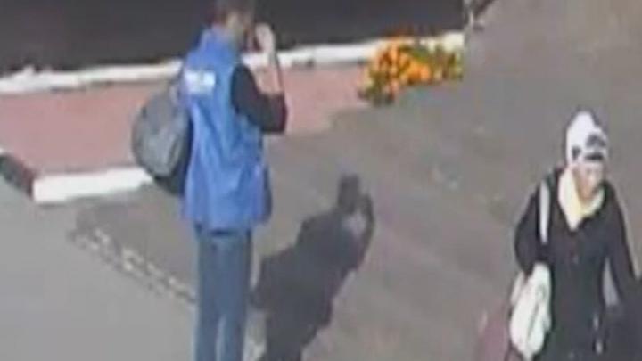 В Перми ищут грабителя, который сразу после преступления отправился в церковь. Видео
