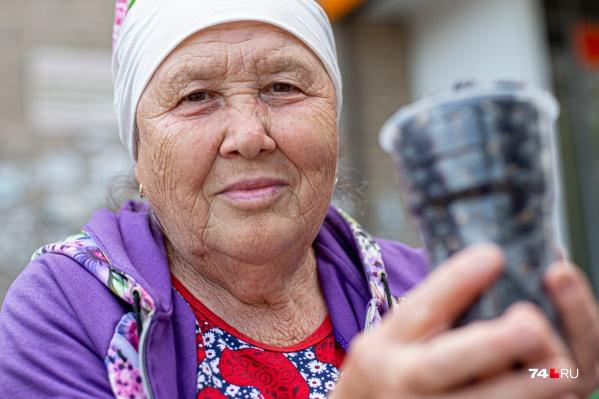 Гульсара Миначёва уже 45 лет выращивает смородину