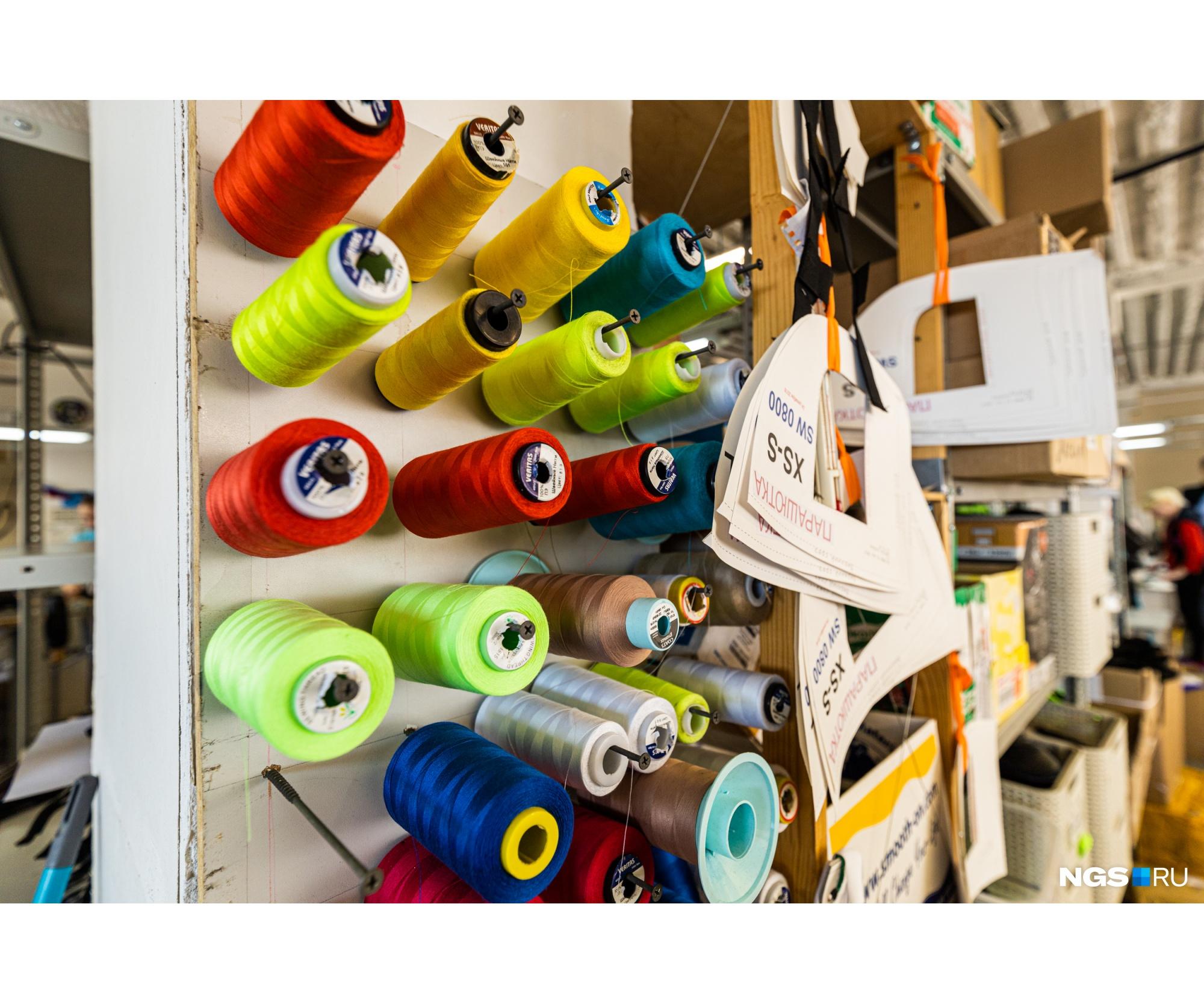 Фетиш-одежду активно покупают и в Азии: заказы поступают из Японии, Тайваня, Гонконга, Южной Кореи и Сингапура