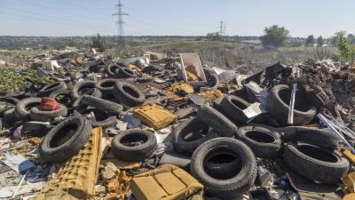«Привлекать к уголовной ответственности»: экс-депутат потребовал вернуть волгоградцам деньги за мусор
