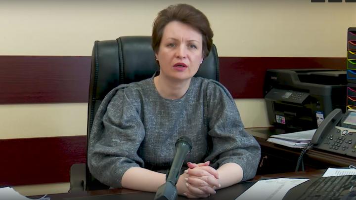 Оксана Фадина пригрозила проверками и штрафами за выход на работу