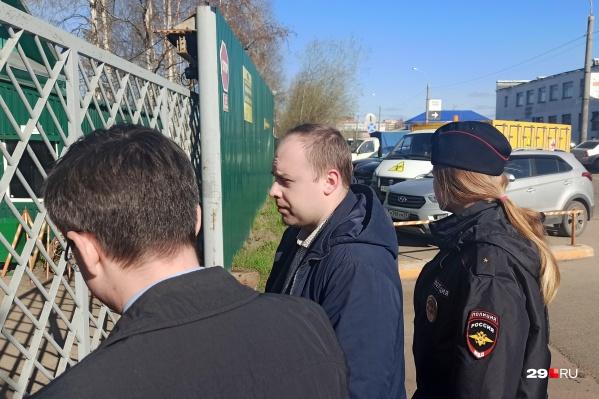Евгений Мищук — директор «Архтеплоэнерго», который в 2019 году числился единственным сотрудником предприятия