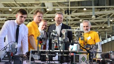 Южноуральских робототехников оставили без соревнований в Москве из-за коронавируса