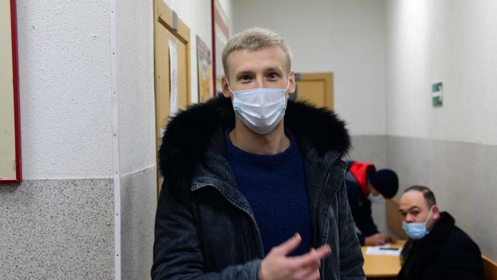 Парень, осужденный за конфликт с активистом Румянцевым в сквере у Драмы, нанял новых адвокатов и подал апелляцию