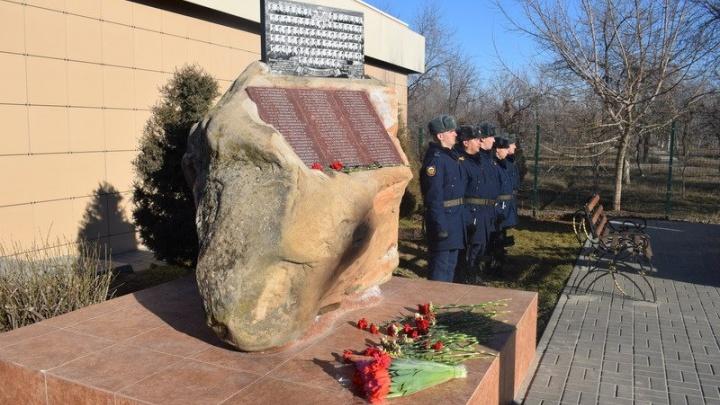 Ценой жизни не пустил врага: в Камышине вспомнили Героя России, погибшего в Аргунском ущелье