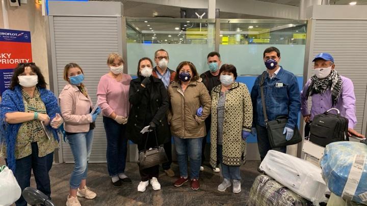 В Башкирию из Таджикистана прибыли 13 учителей