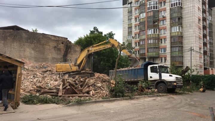 В Перми снесли историческое здание. В начале XX века в нём жила семья городского головы