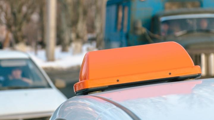 Проломил голову кирпичом: в Самарской области осудили пассажира за нападение на таксиста
