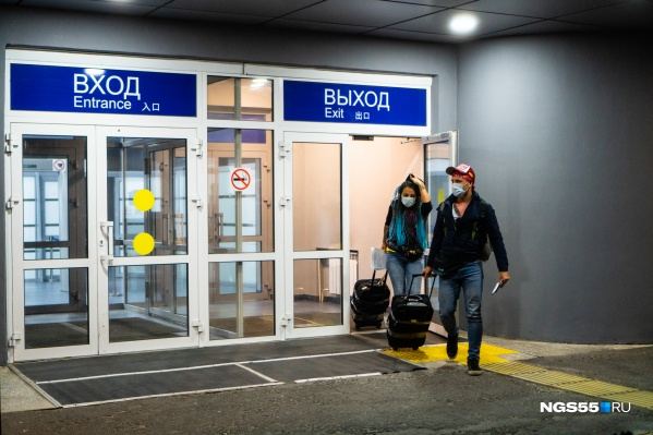 Из-за коронавируса международных рейсов из Омска с конца марта нет