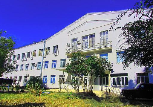 Поликлинику на севере Волгограда закрыли из-за заболевшего коронавирусной инфекцией врача