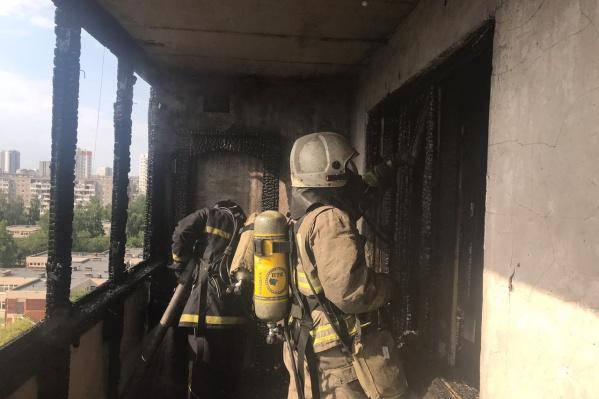 Выгорел весь балкон квартиры