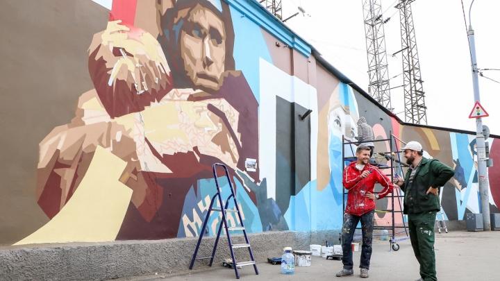 В городе появился стрит-арт, посвящённый нижегородцам, которые сражаются с коронавирусом