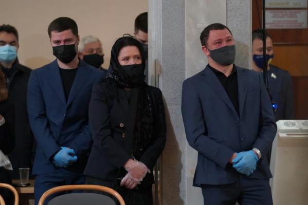 Дети Ульфата Мустафина не могли сдержать слез во время церемонии прощания