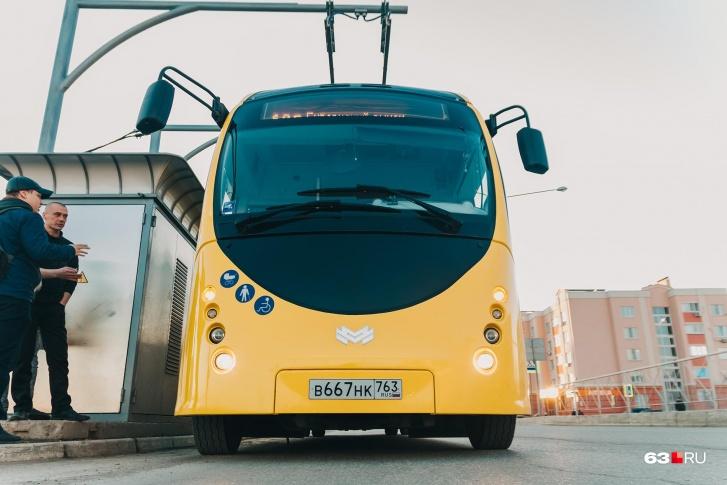 Одной зарядки электробуса хватает на 35 км пути