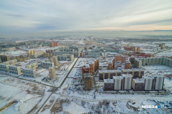 За 10 лет многие поля в окрестностях Красноярска превратились в огромные жилмассивы