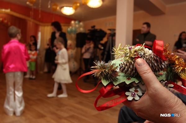 Праздники пройдут в закрытом формате: дети и воспитатели поздравят друг друга
