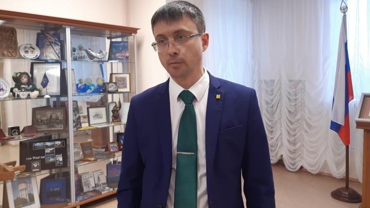 Директор департамента городского хозяйства — о том, надо ли вырубать березы в сквере в Соломбале