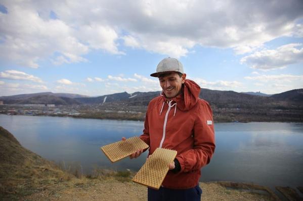 Еще один организатор мирового рекорда — красноярец Андрей Кудин