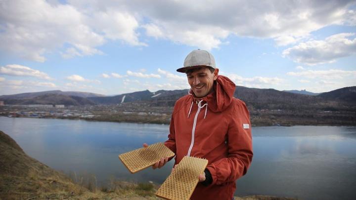 Красноярцы установили мировой рекорд по стоянию на гвоздях
