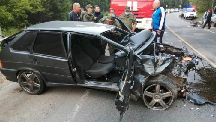 В Челябинской области военнослужащий устроил аварию, в которой один погиб и двое пострадали
