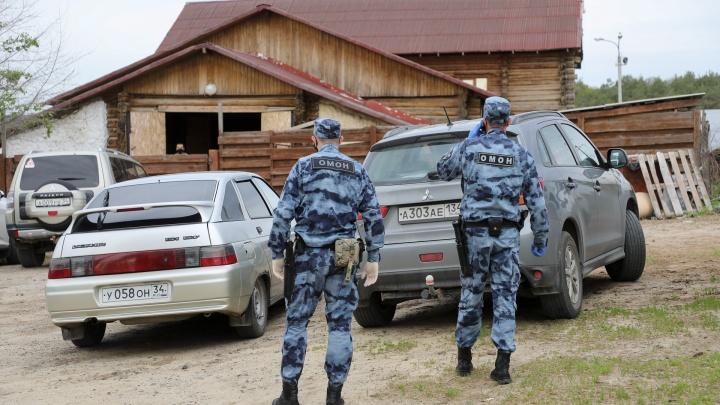 «Сосновый бор» предложил губернатору забрать конюшню, сносимую мэрией Волгограда