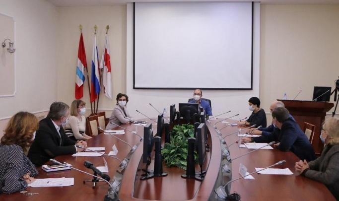 Омские архитекторы показали, какой видят стелу «Город трудовой доблести»