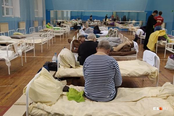 В оперштабе говорят, что пациенты надолго не задерживаются в обсерваторах