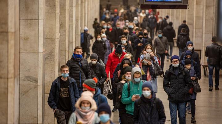 Власти рассказали, как будет работать метро Новосибирска в новогоднюю ночь
