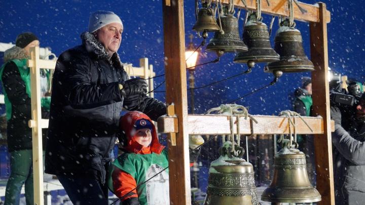 32 колокола и 15 звонарей: в Архангельске громко завершили юбилейный год Антониево-Сийского монастыря