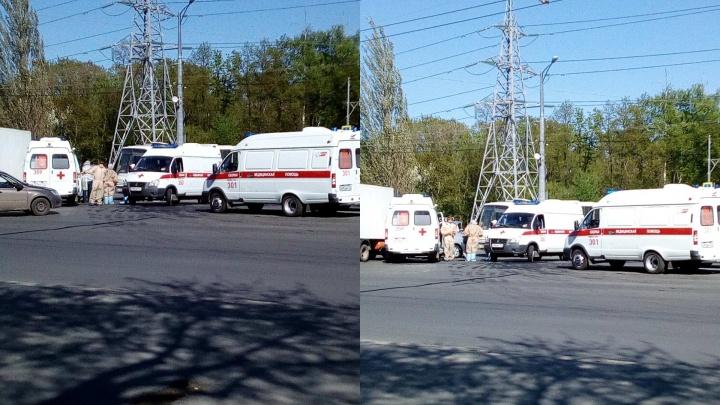 ДТП с машиной скорой помощи парализовало Московское шоссе
