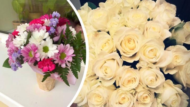 Розы — хит сезона: десять самых шикарных букетов, которые подарили учителям на 1 Сентября