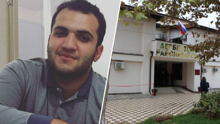 «Это не про деньги, а про репутацию»: экс-массажист «Енисея» подал в суд на клуб