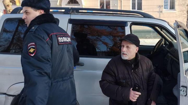 В Северодвинске у руководителя регионального ПАРНАС прошли обыски из-за поста во «ВКонтакте»