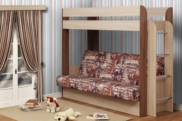 Как вариант — двухъярусная кровать, где нижнее спальное место можно раскладывать
