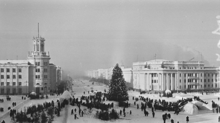 Угольные горки, голова Черномора и первая елка Кузбасса: подборка ретроснимков новогоднего Кемерово