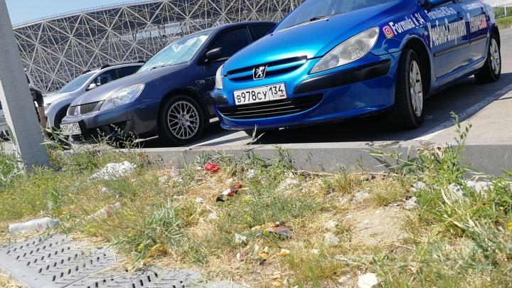 Волгоградские автоклубы навели порядок на парковке «Волгоград Арены»