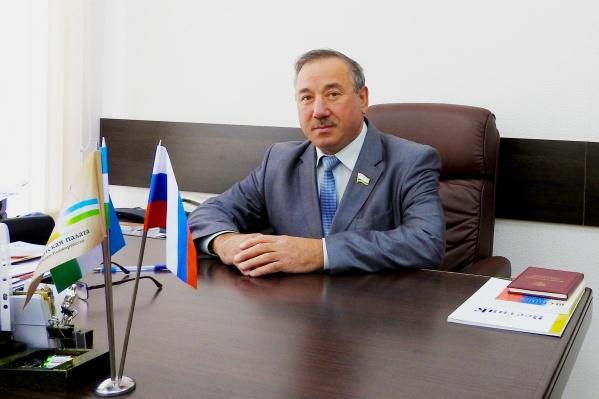 По словам пресс-службы АП, Булат Юмадилов пользуется заслуженным уважением