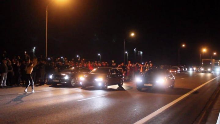 Дал газу — ушел в горизонт: кто в Уфе организует нелегальные гонки на трассе М-5 и когда у нас будет свой трек