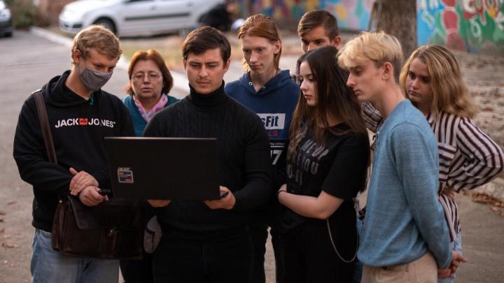 Драматург-оркестр и хулиганы на сцене: как ростовский «Трудный театр» помогает проблемным подросткам